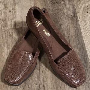 NWOT Clark's Soft Cushion Loafer Size 9 1/2